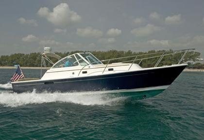 2000 Hunt Yachts Surfhunter 33