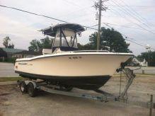 2005 Sea Hunt 220 Triton