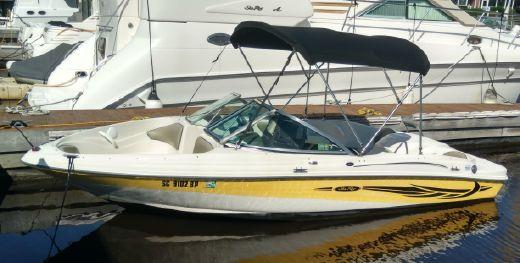 2004 Sea Ray 180 Bow Rider