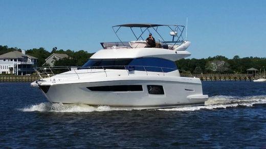 2015 Prestige Yachts 500