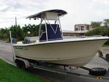 2003 Sea Hunt 202 TRITON