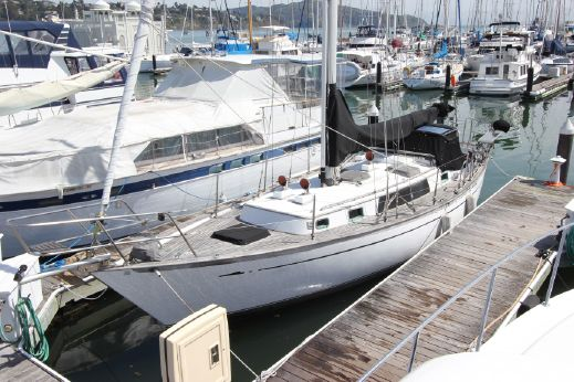1983 Perry 41 sloop