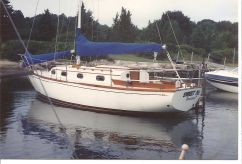 1984 Cape Dory 28