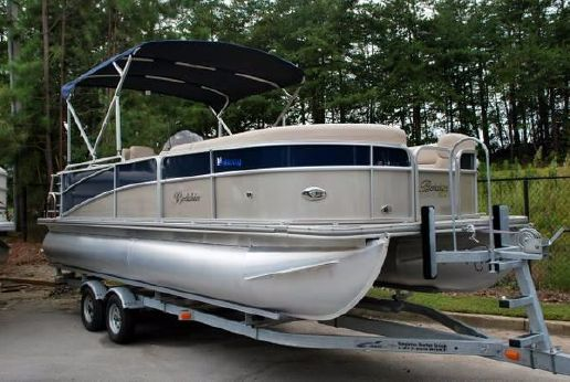 2014 Berkshire 230CL with 115 HP