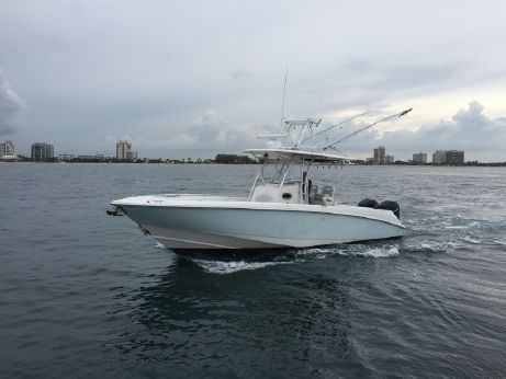 2005 Boston Whaler Outrage 32