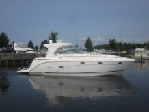 2008 Rinker 420 Express Cruiser