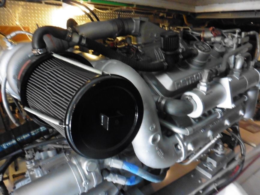 Offshore 55 Pilothouse Engine