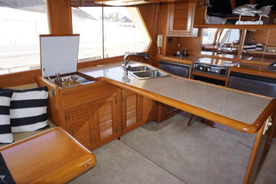 Offshore 55 Pilothouse Interior Salon