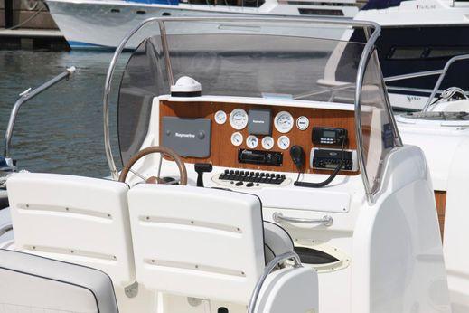 2006 Marlin Ribs 29 Inboard Cabin Version