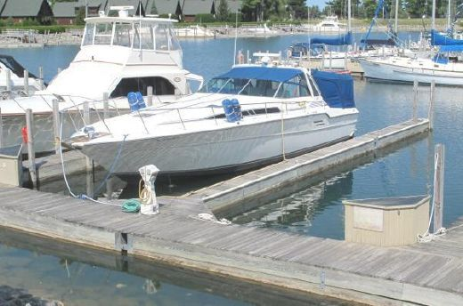 1989 Sea Ray 460 Express Cruiser w/Diesels