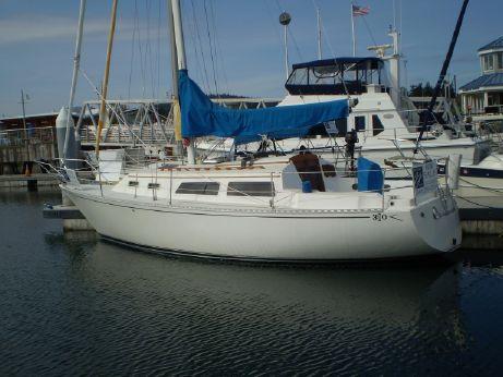 1984 Islander 30