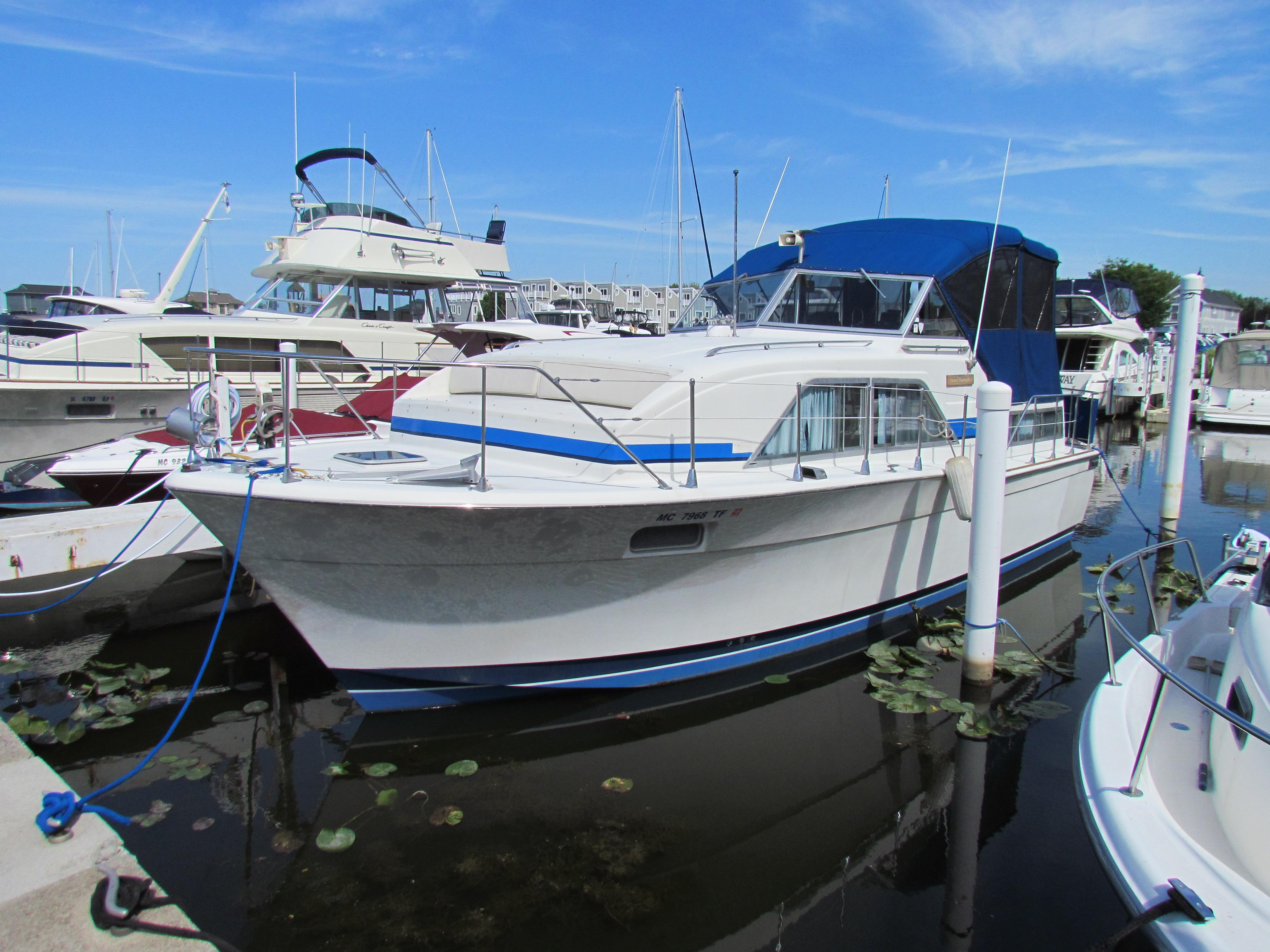 5383357_20150915114500834_1_XLARGE&w=4320&h=3240&t=1442346874000 chris craft 350 catalina boats for sale yachtworld Chris Craft Marine Engines at aneh.co