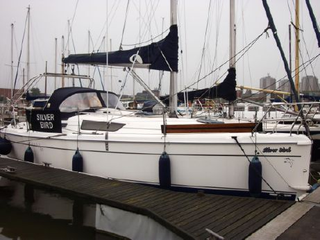 2006 Hunter Legend 31 Bilge Keel