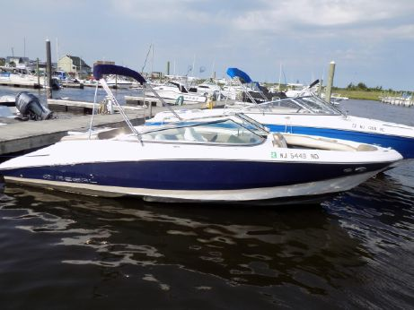 2011 Regal 2200 Bowrider