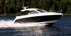 2015 Cruisers Yachts 390 Express