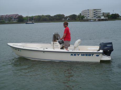 2006 Key West 1720 Center Console