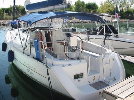 2004 Beneteau Oceanis 323 Clipper