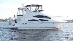 2006 Cruisers Yachts MOTOR YACHTS