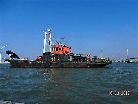 1955 Salvage Tug Lifting Crane
