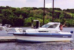 1987 Cruisers Yachts Holiday