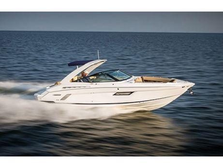 2015 Cruisers Yachts 328 Bow Rider