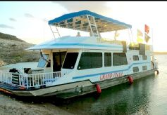 2000 Fun Country Houseboat