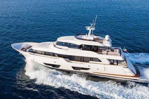 2016 Custom Line Navetta 28