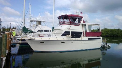 1989 Hyatt Sundeck Trawler with fishing cockpit