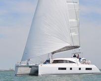 2015 Nautitech 541 single helm portside