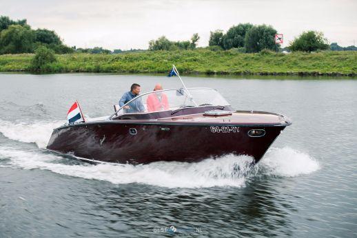 2001 Boesch 900 Riviera De Luxe