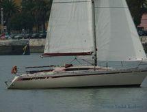 1981 Beneteau First 32