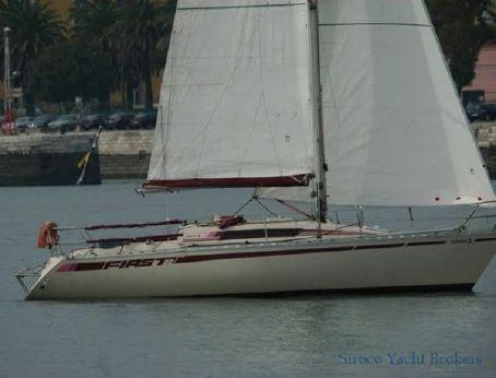 1981 Beneteau First 32.5