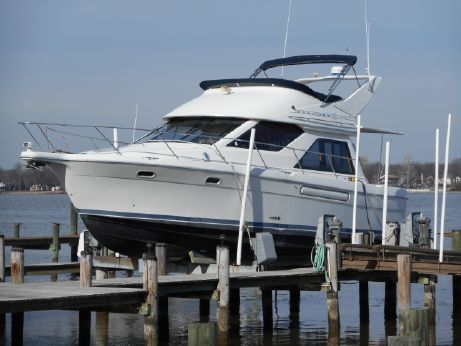 1999 Bayliner 3788 Command Bridge Motoryacht