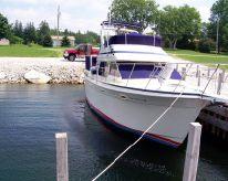 1986 Tollycraft 34 Sundeck Cruiser