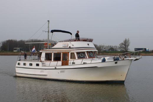 1989 Trawler Yacht '44 Marine