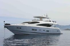 2008 Sunseeker Yacht 86