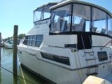 photo of 38' Carver 38 Aft Cabin