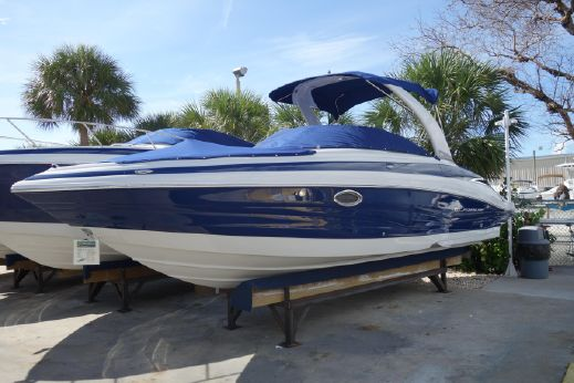 2017 Crownline 275 SS - IN STOCK!