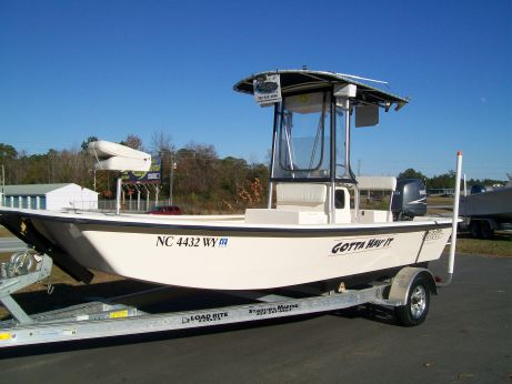 2004 Jones Brothers 198 Bateau