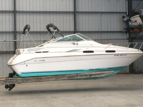 1993 Sea Ray 230 Sundancer