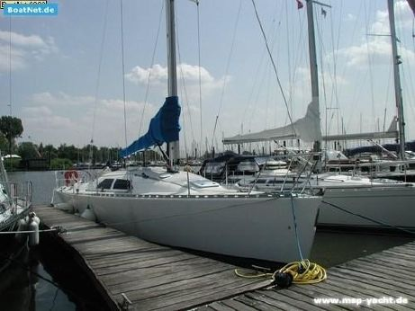 2002 Fast Yachts Fast 42