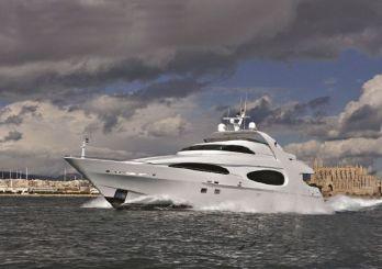 2001 Millennium Super Yacht Luxury Raised Pilothouse
