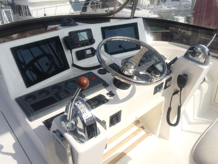 photo of 30' Black Watch 30