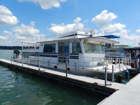 1982 Delta Clipper Houseboat