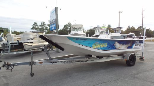 2010 Carolina Skiff 218 DLV