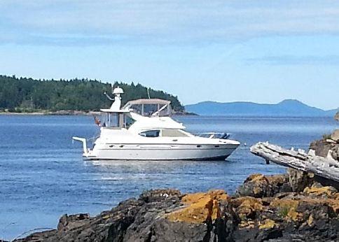 2000 Maxum 4100 SCA Aft Cabin Sport Yacht