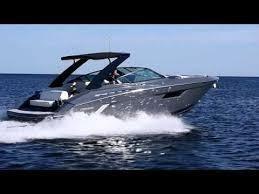2017 Cruisers Yachts 338 South Beach Edition