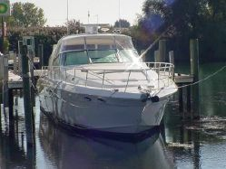 Photo of 60' Sea Ray Sundancer