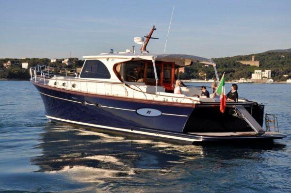 Cantieri Navali Abati Yachts Portland 55 Type Motor