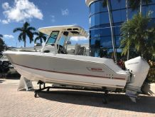 2019 Boston Whaler 250 Outrage